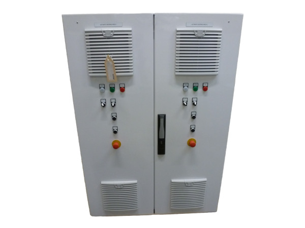 Control cabinet for two automatic mooring winches of a mega yacht